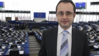 Bușoi îi vrea înapoi pe Antonescu, Stoica și Stolojan