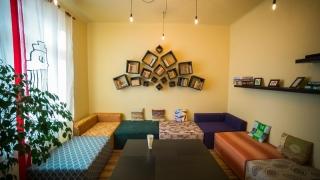 Localul din Constanța care nu seamănă cu nicio altă cafenea din oraș