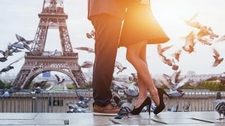 Cât costă o minivacanță romantică de Ziua Îndrăgostiților