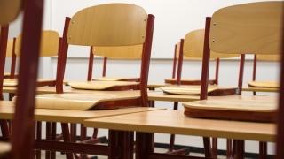 Cât plătește un părinte la început de an școlar? Așteptăm mesajele dvs.!