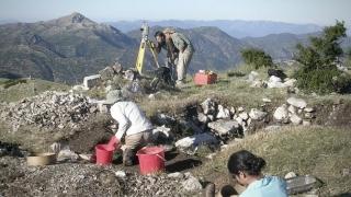 Cea mai macabră legendă a antichităţii! Grecii practicau canibalismul pe muntele lui Zeus?
