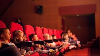 """Cele mai frumoase poveşti ale copilăriei, numai la Teatrul """"Căluţul de Mare""""!"""