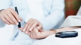 Ce li se recomandă persoanelor diagnosticate cu diabet de tip 1?