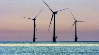 Centrale eoliene în Portul Constanța?