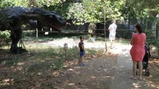 Avem dinozauri la Constanța. Vezi unde!