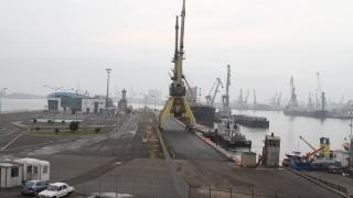 Bate vântul de modernizare-n zona portuară
