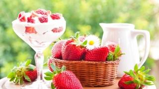 Codițele căpșunilor, benefice pentru consum