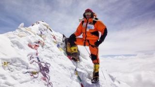 """Colibășanu s-a întors din expediția pe Everest: """"La 7.700 de metri mi s-a furat cortul"""""""