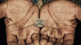 Colțul Troll-ului - Paradoxal: sărăcia ne scoate din foame!