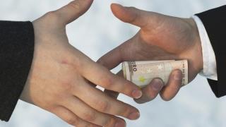 Colțul Troll-ului - Dispariția bancnotei de 500 euro, moartea șpăgii