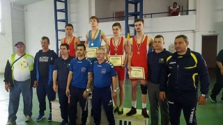 Constănțenii au cucerit cinci medalii la Campionatele Naționale școlare de lupte