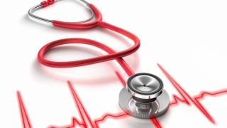 Consumul frecvent de ciocolată ar putea reduce riscul de aritmie cardiacă