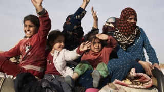 Femei și copii ceceni, trimiși în Rusia