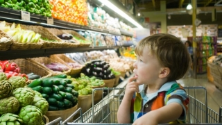 Copil vegetarian luat de la părinți, în Italia