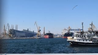 Creștere a traficului de mărfuri în porturile maritime