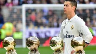 """Cristiano Ronaldo a vândut la licitație un """"Balon de Aur"""", în scopuri caritabile!"""