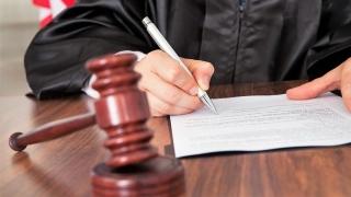 CCR menține Statutul magistraților așa cum e