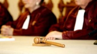 CCR dezbate pe 29 ianuarie sesizările PSD privind asumarea Guvernului pe legile Justiţiei şi OUG 51
