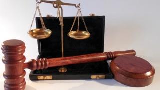 Recuzarea procurorului de către șeful său în timpul procesului, neconstituțională
