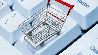 Cumpărături online pe banii altora...