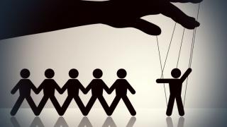 Cum se poate manipula opinia publică prin intermediul sondajelor?