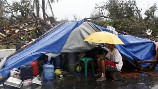 Cutremure în Filipine: Mii de locuitori s-au mutat în corturi de teama replicilor