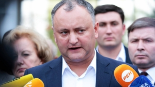 Dacă ajunge președinte, Igor Dodon îi retrage cetăţenia moldovenească lui Traian Băsescu