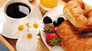 De ce este bine să mănânci dimineața?