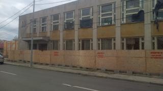 De ce se demolează clădirea Bibliotecii Județene din cartierul Coiciu