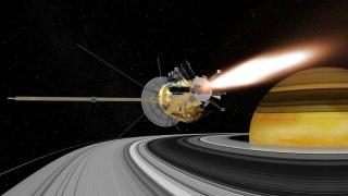 Dezintegrată pe altarul ştiinţei! Sonda Cassini şi miracolul unei misiuni care a durat 13 ani!