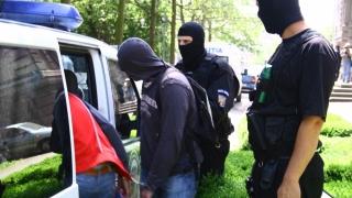 DIICOT Constanţa a destructurat o grupare de traficanţi de droguri şi bani falşi