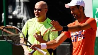Djokovic va fi antrenat de Agassi și anul viitor