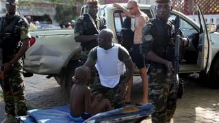 Doi militari din Coasta de Fildeş, condamnaţi pentru asociere cu Al-Qaida