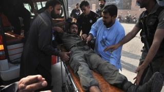Dublu atentat în Pakistan