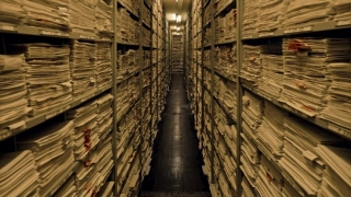 După prezidențialele din 2009, aleșii își ocupă timpul cu arhiva SIPA