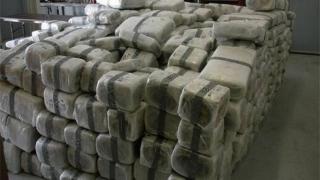 Poliția afgană a confiscat peste o tonă de heroină dintr-un laborator din nordul țării