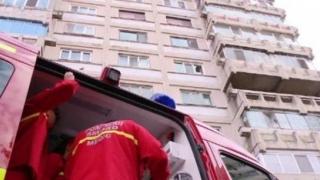 Indian sechestrat de doi români, mort după a căzut de la etaj încercând să scape