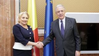 Ce au discutat premierul Dăncilă și comisarul european pentru Migrație