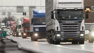 Ce cere autorităților Uniunea Transportatorilor din România