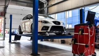 Din 2018, maşinile vechi vor fi verificate anual!