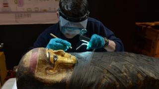 Egipt: Șase mumii descoperite într-un mormânt din epoca faraonilor din apropiere de Luxor