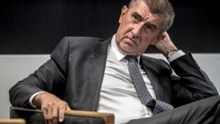 """Cehia își pune din nou prim-ministru """"penal"""""""