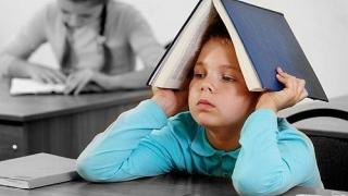 Elev cu sindrom Down, umilit la școală!