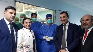 Cel mai performant robot în chirurgie spinală și neurochirurgie din Europa, la Iași!