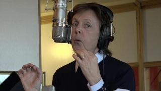 Emoticoane pe acordurile lui Paul McCartney, pe Skype