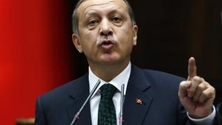 Erdogan se laudă cu circa 1.800 de combatanți SI și kurzi morți în operațiuni militare turce