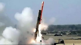Rusia încalcă Tratatul INF? SUA cer să fie distrus un sistem de rachete