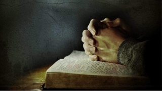 Rugăciunea care vă ajută! Trebuie spusă în fiecare vineri!
