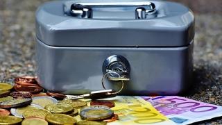 Bugetul pe 2018 - sărac pentru investiții, generos cu programele sociale