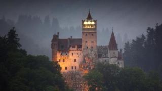 Experiență unică. Petrece o noapte la Castelul Bran, într-un coșciug!